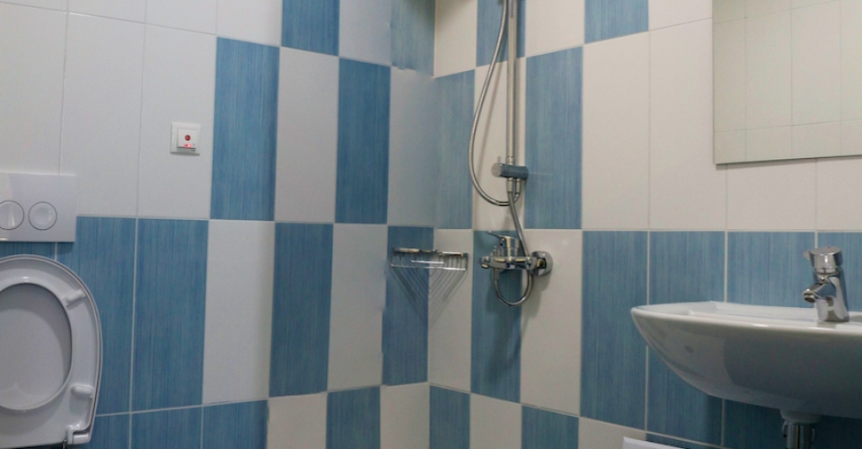 Ψυχιατρική Κλινική Άγιος Νικήτας - Τουαλέτα δωματίου
